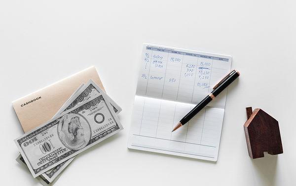Ventajas de invertir en dólares con rentabilidad fija